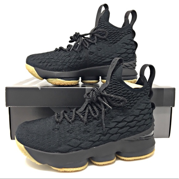 2675a9f95b92 Kids Nike Lebron XV Basketball Shoes NEW All Sizes. NWT. Nike.  M 5c9fa01626219f9ebfb39f91. M 5c9fa0aa19c1577e217ad610.  M 5c9fa03c2eb33f6650cba9f4